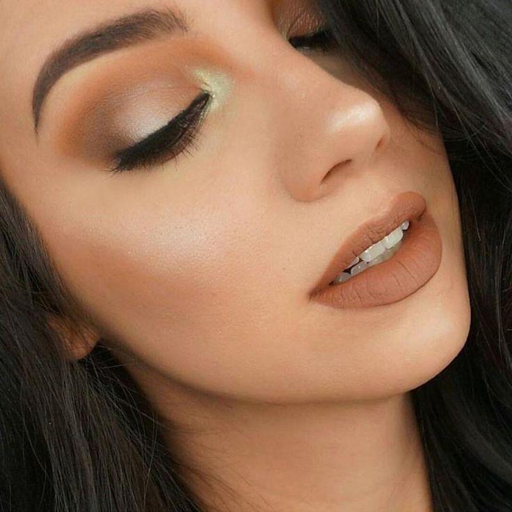 Fond de teint parfaitement appliqué maquillage