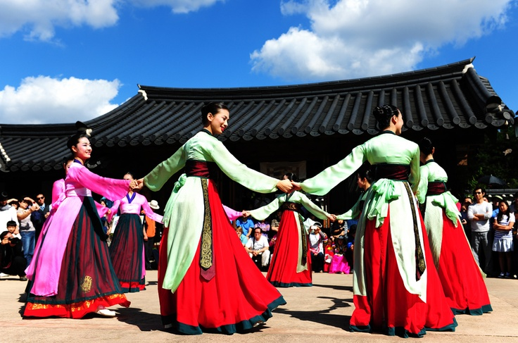 'ganggangsullae'. The song tempo progressively becomes faster. They sing about their personal hardships, relationships, and desires. During the dance, the women play a variety of games. The dance can last until dawn.