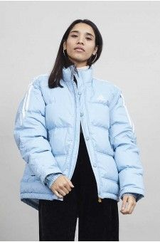 Puff up in this 90's dream Adidas puffer jacket !