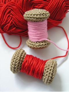 Amigurumi Crochet Yarn : 155 best images about Craft and Recraft - Spools, Bobbins ...