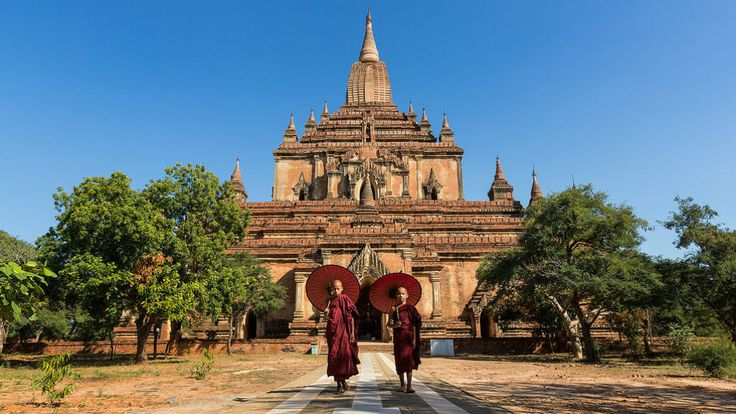 Samantha's trip to Myanmar: 21 days exploring ancient temples, trekking authentic villages, boating Inle Lake and swimming turquoise waters of Ngapali Beach.  #myanmar #burma #yangon #bagan #mandalay #hsipaw #inlelake #ngapali #temples #trekking #selftravel