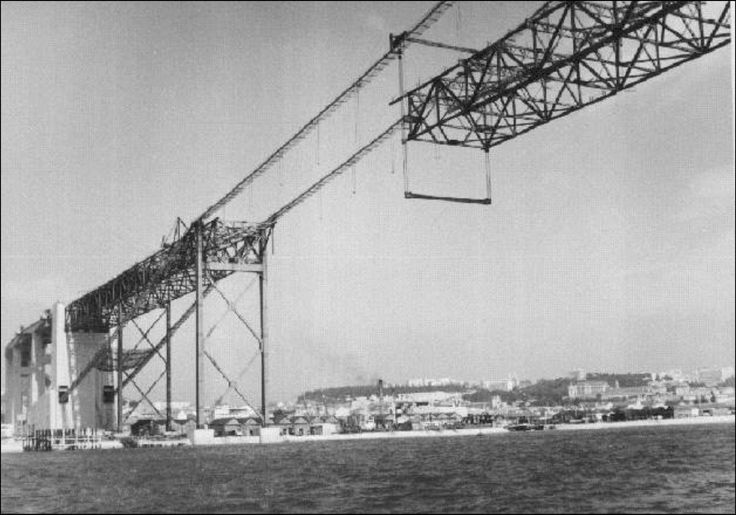 Construção da Ponte Salazar ♥ | ©