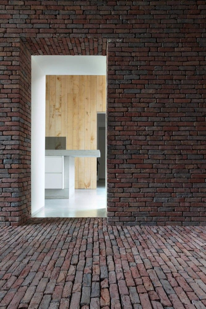 House DM / Lensass Architects // beautiful masonry brick texture... makes me want to touch it