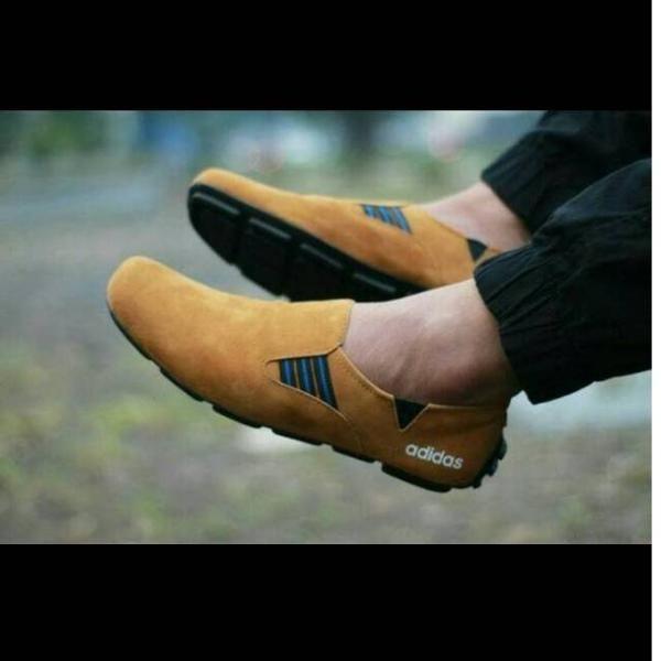 Jual New Arrivals Ad Grosir Sepatu Adidas Slip On Pria Casual