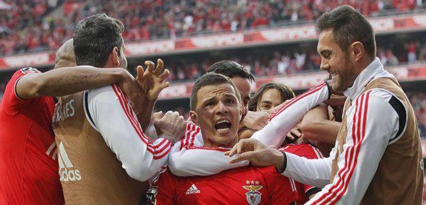 O #Benfica entra hoje em campo decidido a bater o pé a outro histórico do futebol europeu – a poderosa Juventus.