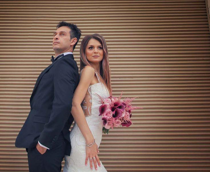 Wedding Dress. Bride. Video. Wedding story Videograf Bucuresti Nunta. Pitesti. Videografie de eveniment. Un eveniment cu stil si eleganta dar deasemenea plin si de emotie si bucurie.