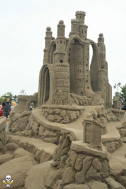 Amazin' Walter's sand castle, by Grain Damaged, via Flickr