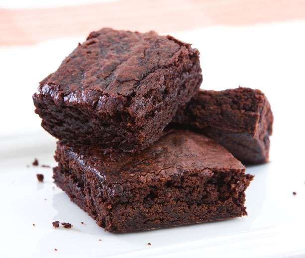 Delicious... Check. Chocolaty...Check. Flour...Nope. This diabetic dessert recipe for flourless brownies is what you have been looking for.