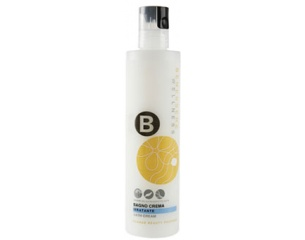 BAGNO CREMA IDRATANTE  Ricco e cremoso, deterge con dolcezza anche le pelli più delicate.    #limoni #summerbag