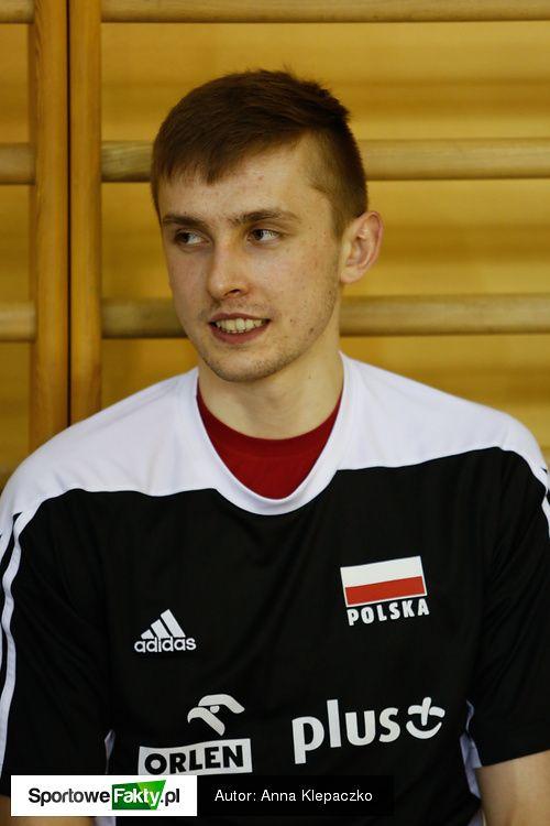 Reprezentacja Polski w Spale - Galerie zdjęć - Siatkówka - SportoweFakty.pl Mateusz Bieniek