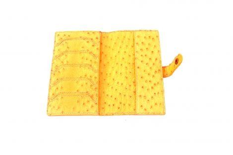 Je viens de mettre en vente cet article  : Porte-chéquier  395,00 € https://www.creation-cuir-ceinture-collier.fr/produit/porte-chequier-cartes-en-cuir-autruche-veritable-artisanal/