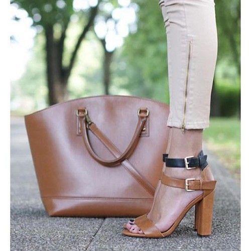 Glori̇a topuklu ayakkabi -- 2 renk-- ürünü, özellikleri ve en uygun fiyatların11.com'da! Glori̇a topuklu ayakkabi -- 2 renk--, klasik topuk kategorisinde! 243