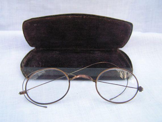 Antique Wire Gold Rimmed Eye glasses with Velvet Lined Case Maker Diamond SALE $26