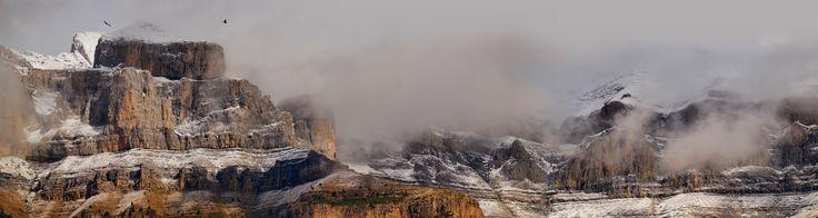 O Parque Nacional de Ordesa e Monte Perdido é um parque nacional situado nos Pirenéus na província espanhola de Huesca, Aragão, que compreende uma área de proteção ambiental de aproximadamente 156,08 km². Um dos locais mais emblemáticos do parque é o monte Perdido. Em 1997, a área foi tombada pela UNESCO como Património Mundial juntamente com o Parque Nacional dos Pirenéus, situado em França, do outro lado da fronteira.