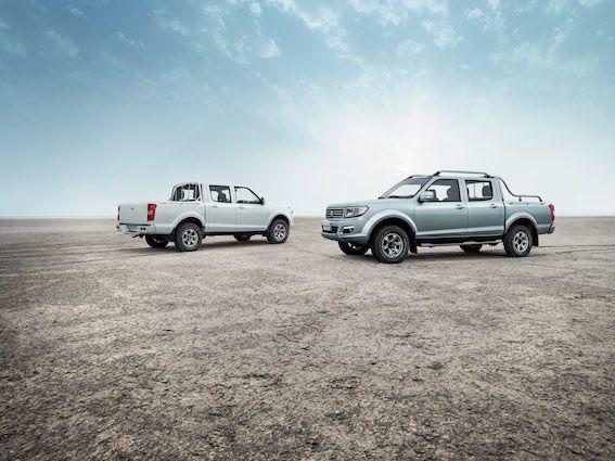 Originalmente, a base da nova pick-up francesa é a Nissan Navara da primeira geração, de 1997. Deriva de um modelo chinês e é produxida, também, na China