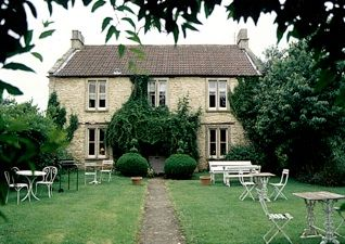 A gorgeous B&B in Castle Coombe.  Perfect for a getaway weekend.  Enjoy a scrumptious cream tea in the afternoon on the lawn in the sunshine.