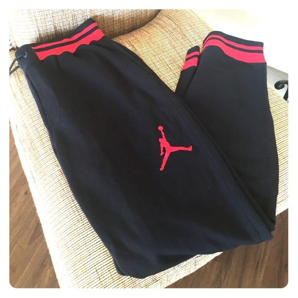New! Men's Jordan sweats FINAL REDUCTION Thick and worn and brand new and never worn... Bought while pregnant and never wore them. Would be a great Christmas gift for your husband or boyfriend! Or even for yourself if you're a fellow tall girl like myself!  Jordan Pants Track Pants & Joggers