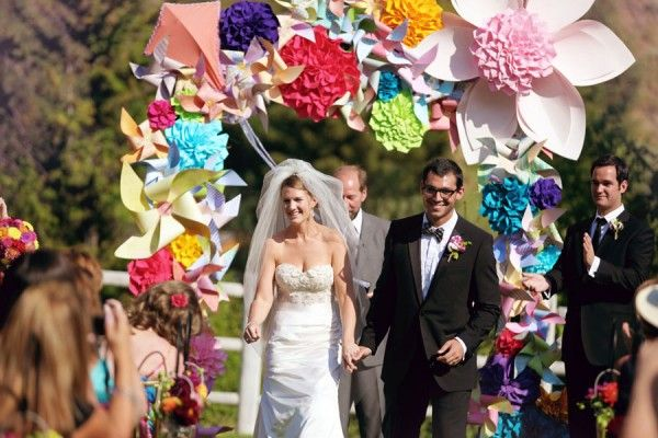 LOVE paper flower arches - Photography – Hillary Maybery \ Wedding Planning – Absolute Weddings via Elizabeth Anne Designs