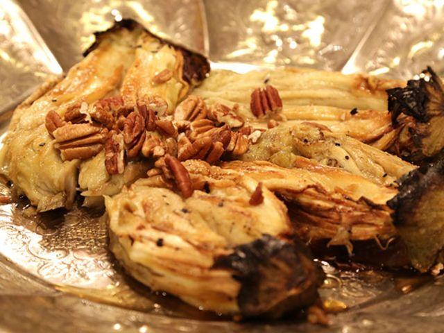 Rostad aubergine med blåmögelost och pecannötter (kock Tina Nordström)