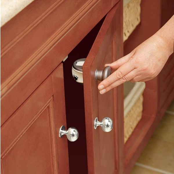 Safety Prograde 2 Latches No Drill Magnetic Cabinet And Drawer