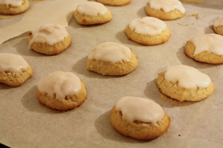 Soft ricotta cookies with almond icing - Great Food Blogger Cookie Swap 2015