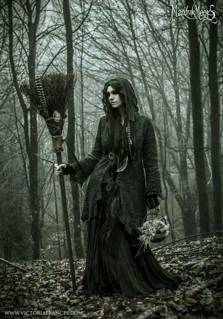 Forest witch - Edmundo Saiz