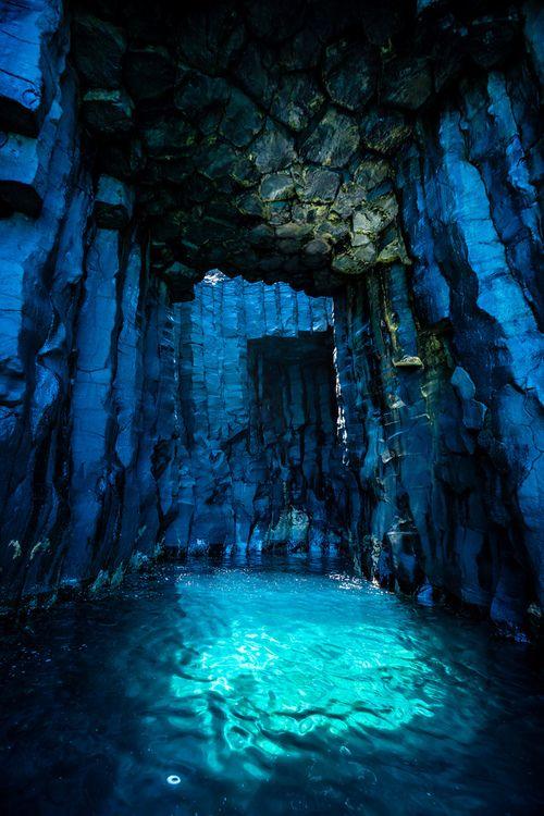 Underwater Cave, 透天海蝕洞 (by wrc213)