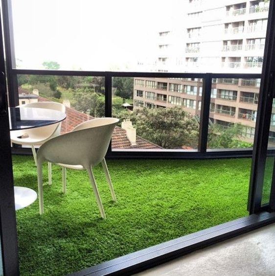 Balcony turf and sleek chairs apartment balcony for Balcony artificial grass