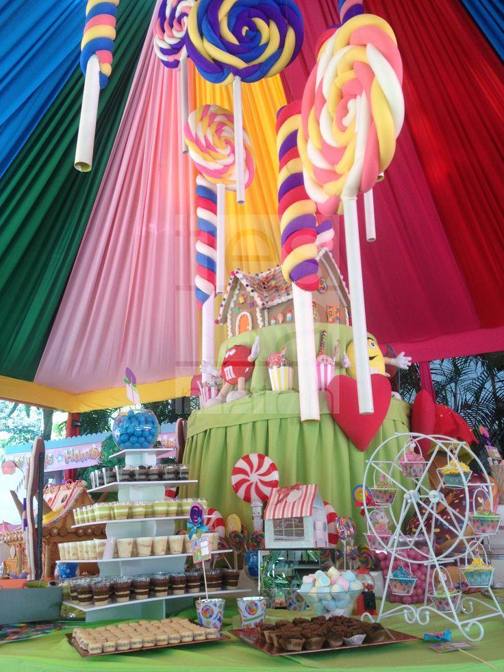 Decoraci n de mesa principal fiesta tem tica hansel for Ideas decoracion casa