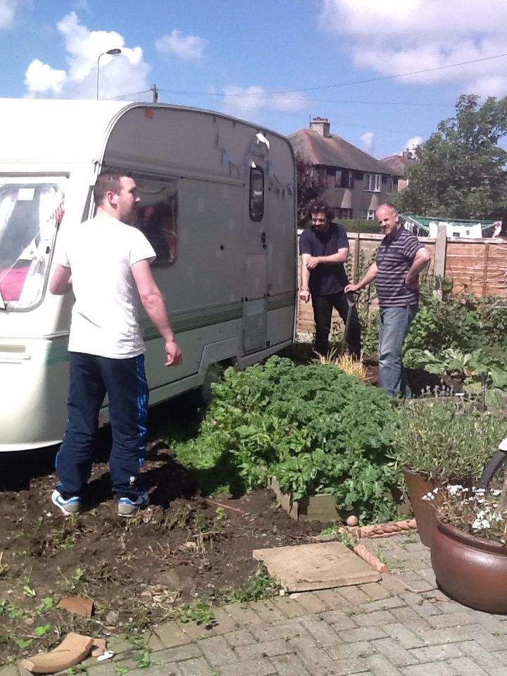 How many men does it take to move a caravan?