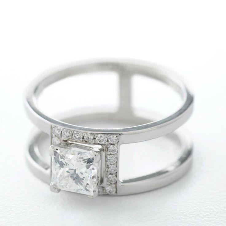 18K white gold, princess cut diamond and micro pave'e diamonds
