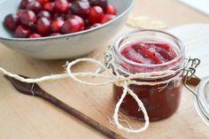 Suikervrije Cranberry Saus met Dadels