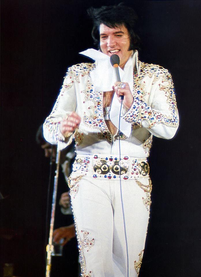 Pin By Debra Vigil On Elvis Elvis Jumpsuits Elvis Elvis Presley