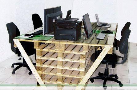 Mesa de oficina con palets reutilizando palets y madera - Mesa de palets ...