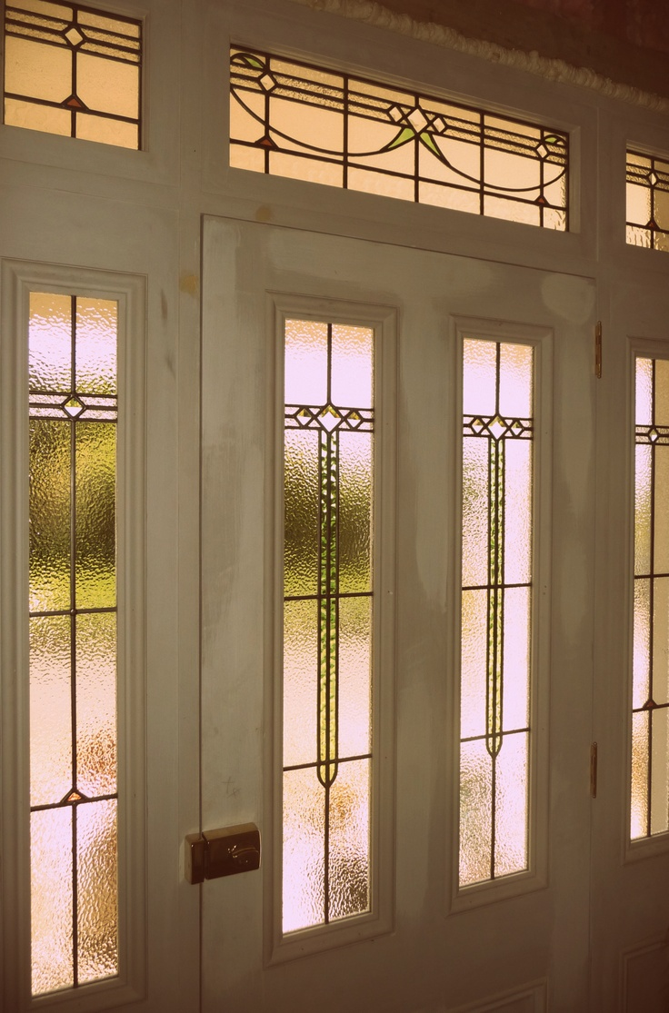 Stained glass pocket doors - Leadlight In Villa Entrance Auckland Leadlight Windowsentrance Doors Aucklandstained Glassvillas