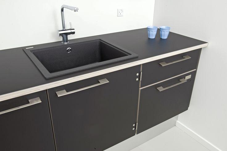 Kolon kitchen desktop furniture linoleum forbo interior design detail black kitchen - Forbo mobellinoleum ...