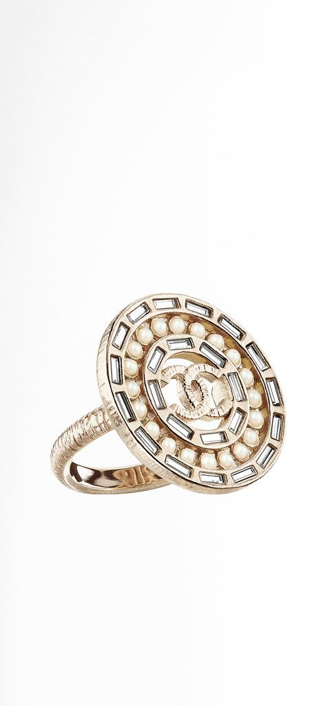 1000 Ideas About Chanel Costume Jewelry On Pinterest