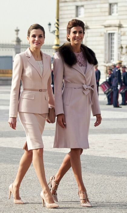 Queen Letizia found an equally stylish partner upon her meeting with Argentinian First Lady Juliana Awada. Both ladies wore blush pink as they strolled the royal palace in Madrid.     Photo:  Carlos Alvarez/Getty Images
