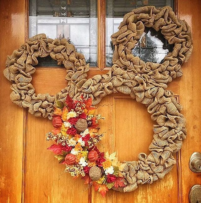 25+ Best Ideas About Mickey Wreath On Pinterest