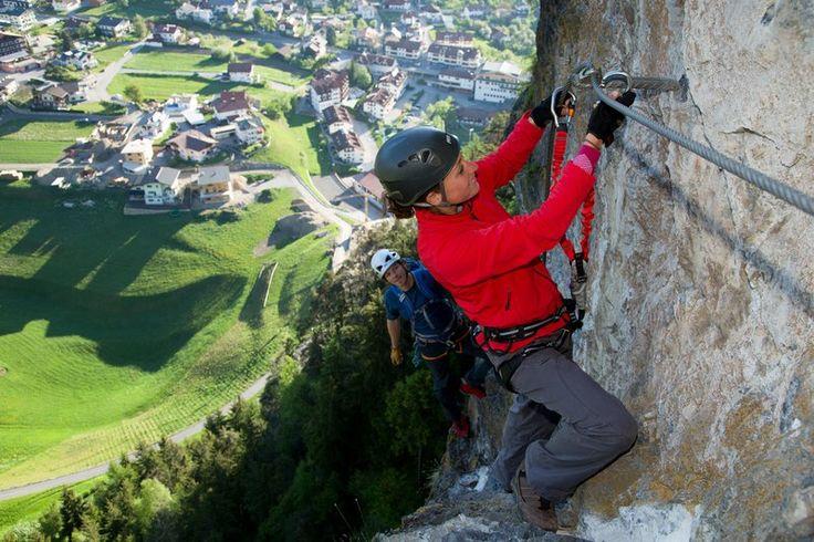 Steinwand in Arzl (Klettersteig schwer)