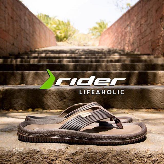 #lifeaholic #ridersandals  #playa #arena #españa #verano #fashion #style #stylish  #photooftheday #instagood #cool #model #shoes #styles #fresh  #friends  #happy #love #summer #tsakalian #tsakalianshoes #piraeus #athens #greece