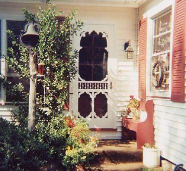 Victorian Screen Doors---I WANT ALL OF THEM!