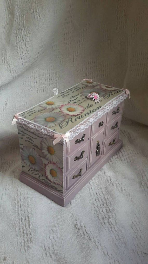 Check out this item in my Etsy shop https://www.etsy.com/uk/listing/527428803/vintage-jewellery-box-shabby-chic