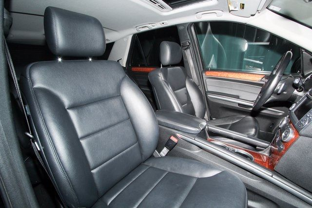 Pre-Owned 2009 Mercedes-Benz M-Class ML350