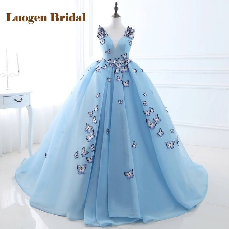 New Arrival 2017 In Stock Long Evening Dresses Light Blue Ball Gown Evening Gowns Embroidery V-Neck Tulle Formal Party Dresses