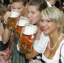 1 2 y 3 Competencia de la Mujer Cerveza :O
