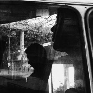 Todas as segundas feiras, buscamos apresentar os trabalhos de fotógrafos que também usam o celular para registrar suas imagens em mobgrafias. O convidado de hoje é o fotógrafo carioca Luiz Baltar @…