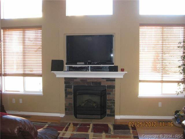 Tv With Components Above Fireplace Future Home Ideas Pinterest