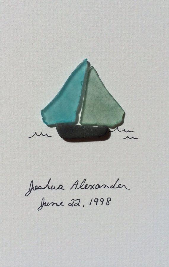 Sea glass sail boat by sharon nowlan por PebbleArt en Etsy #seaglass