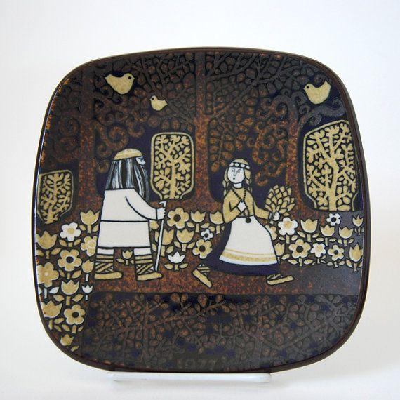 Vintage Arabia Finland Kalevala Plate 1977 Raija Uosikkinen